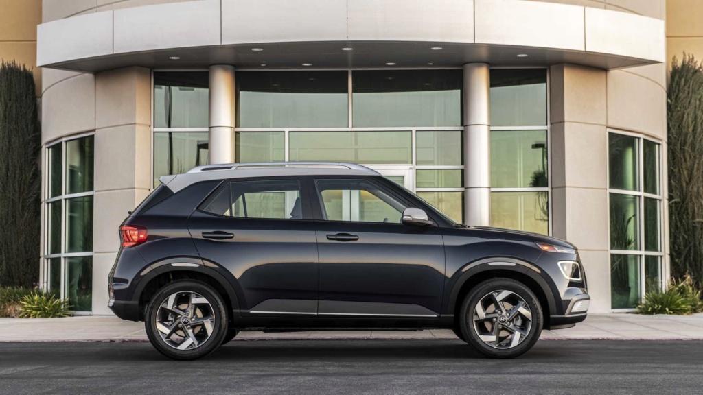 Hyundai Venue é mini-Creta com visual estiloso e cabine conectada 2020-h14