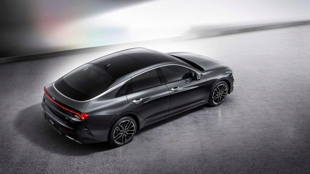 Novo Kia Optima 2020 aposta no design para subir de nível 2020-k12