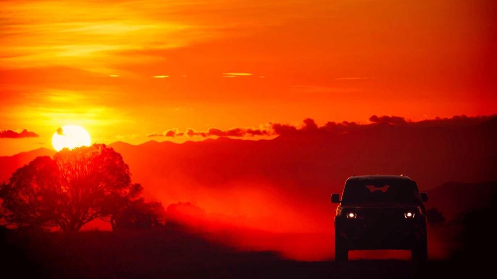 Novo Land Rover Defender já rastreia leões na África 2020-l42
