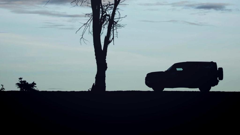 Novo Land Rover Defender já rastreia leões na África 2020-l47