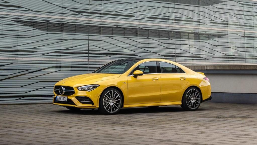 Novo Mercedes-AMG CLA 35 com 306 cv e design invocado  2020-m18