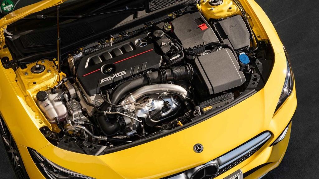 Novo Mercedes-AMG CLA 35 com 306 cv e design invocado  2020-m20