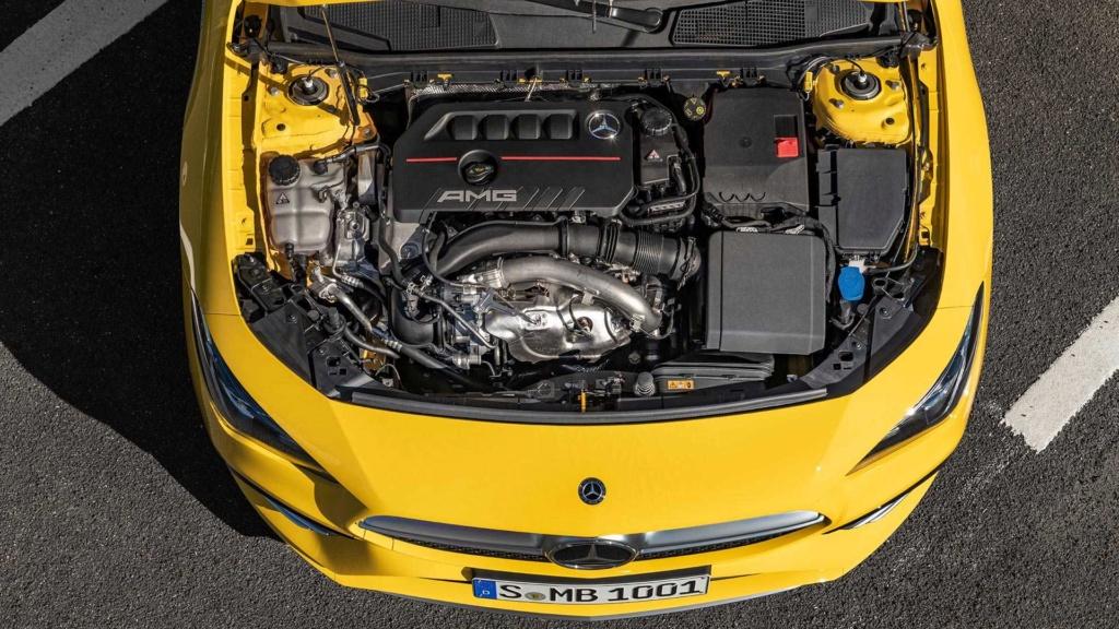 Novo Mercedes-AMG CLA 35 com 306 cv e design invocado  2020-m21