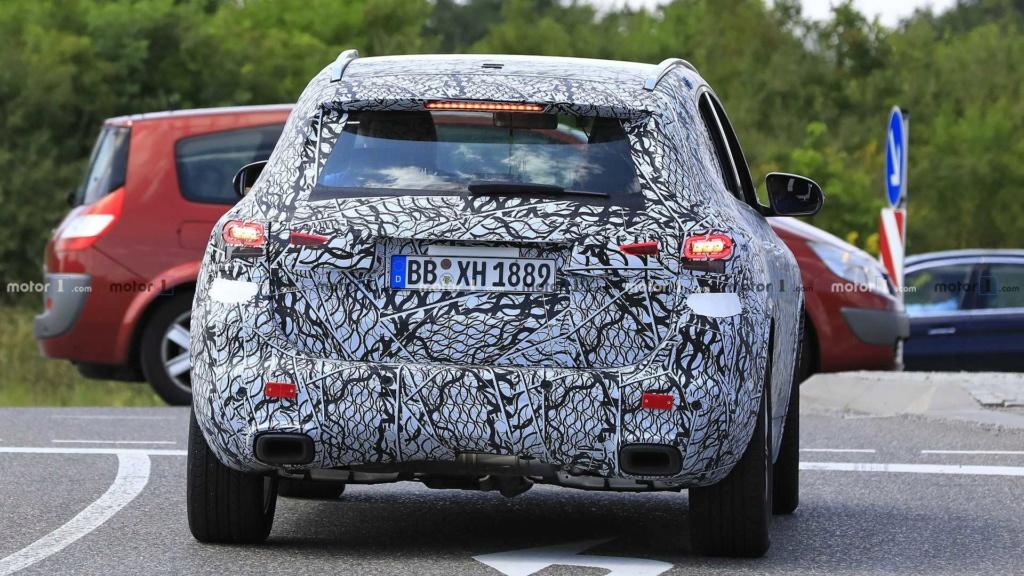 Mercedes-Benz GLA 2020 realiza últimos testes antes da estreia 2020-m39