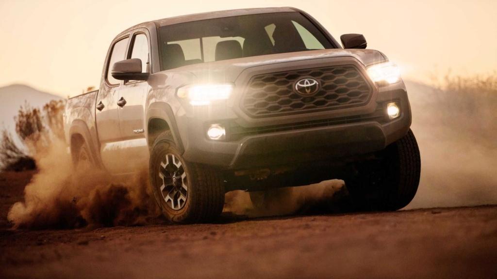 Toyota registra irmã maior da Hilux no Brasil 2020-t26