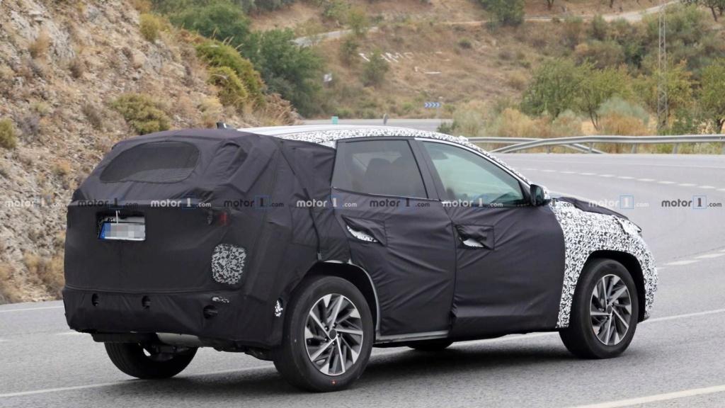 Novo Hyundai Tucson 2021 revela dianteira arrojada 2021-h11