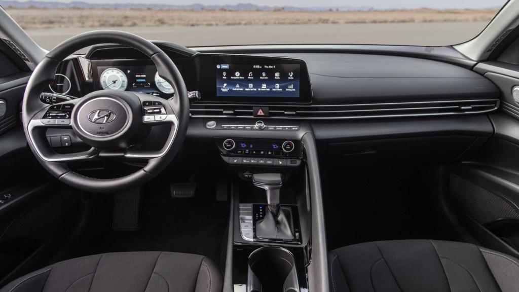 Hyundai Elantra 2021 terá versão esportivada N Line 2021-h16