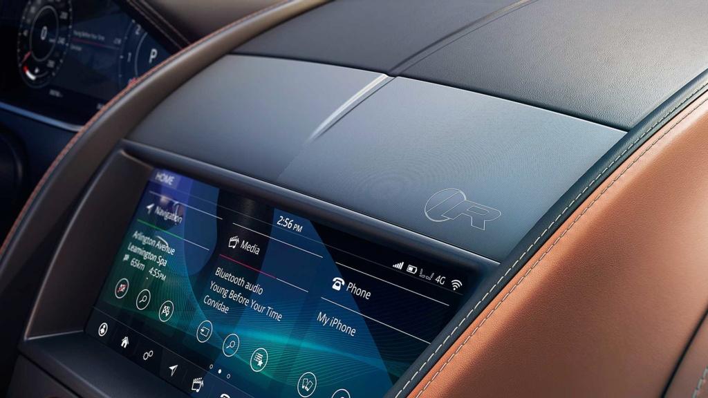 Novo Jaguar F-Type 2021 afia design e atualiza motorzão V8 2021-j13