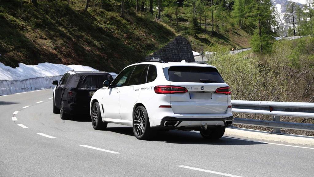 Novo Kia Sorento 2020 reboca BMW X5 durante testes 2021-k17