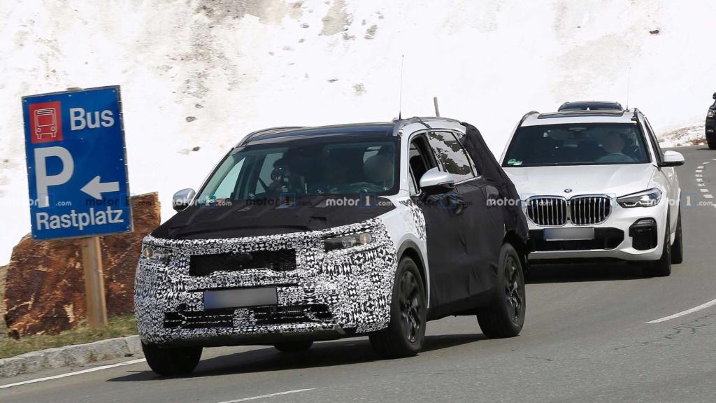 Novo Kia Sorento 2020 reboca BMW X5 durante testes 2021-k18