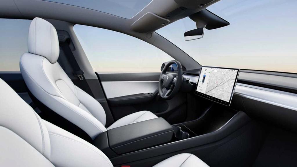 Tesla quer lançar carro sem volante e pedal em 2021 2021-t11