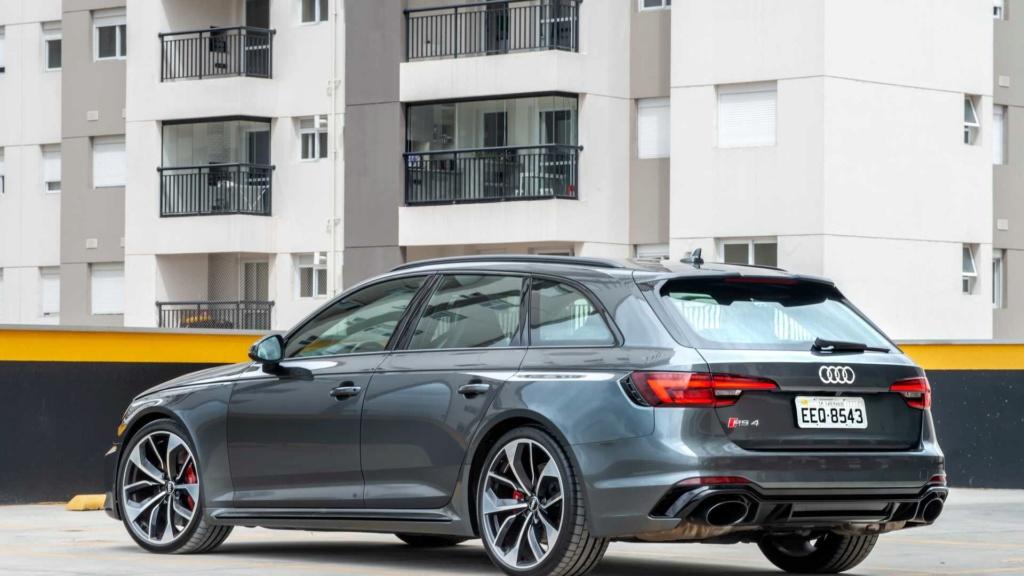 Primeiras impressões Audi RS4 Avant: Tradição mantida Audi-r21
