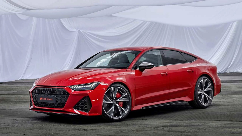 Novo Audi Q3 chega em fevereiro; RS6 e RS7 também estão confirmados Audi-r28