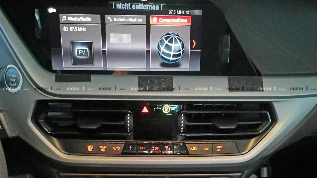 Novo BMW Série 1 revela interior em novas imagens Bmw-1-12