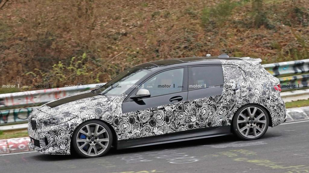 Novo BMW Série 1 revela interior em novas imagens Bmw-1-14