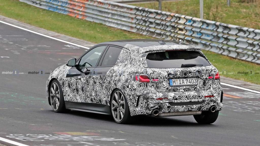 Novo BMW Série 1 revela interior em novas imagens Bmw-1-17