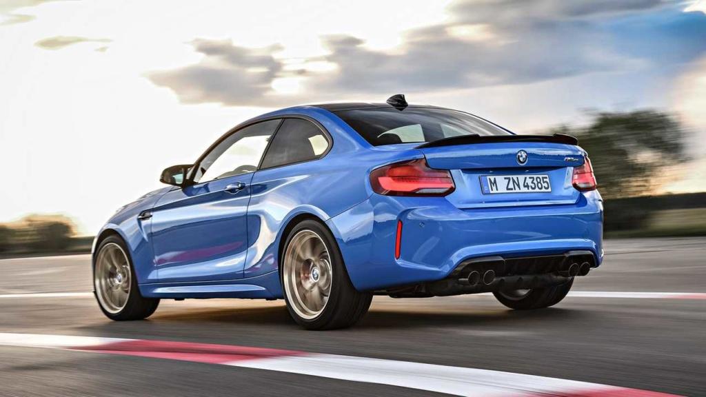 BMW M2 CS tem 445 cv e câmbio manual de 6 marchas Bmw-m211