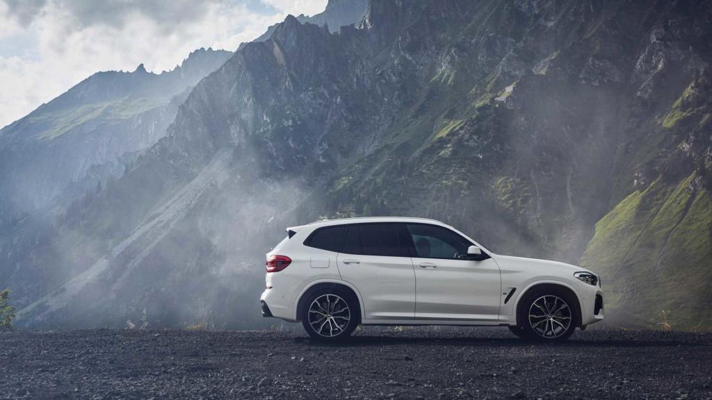 Novo BMW X3 híbrido plug-in é revelado com 292 cv Bmw-x318