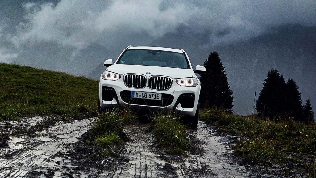 Novo BMW X3 híbrido plug-in é revelado com 292 cv Bmw-x321