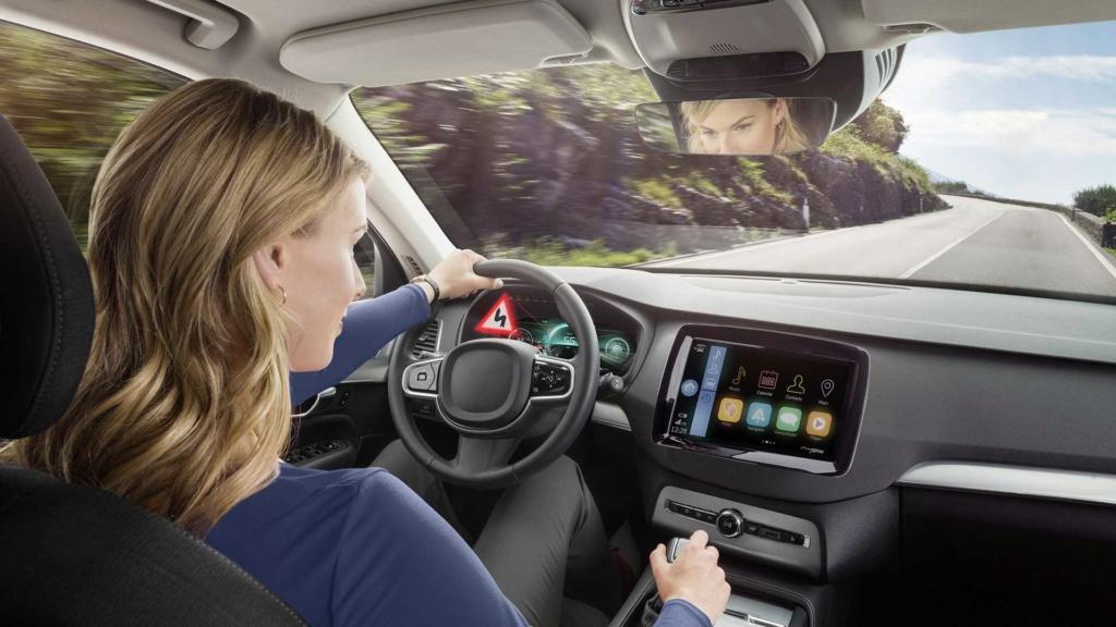 Bosch apresenta primeiro painel de instrumentos 3D Bosch-11