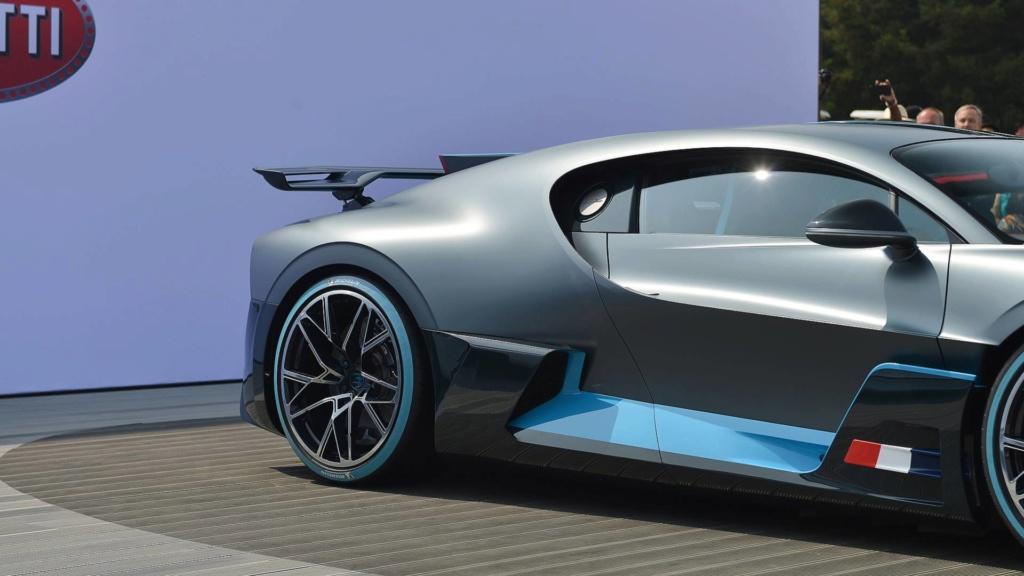 Bugatti pode apresentar modelo especial em Pebble Beach Bugatt23