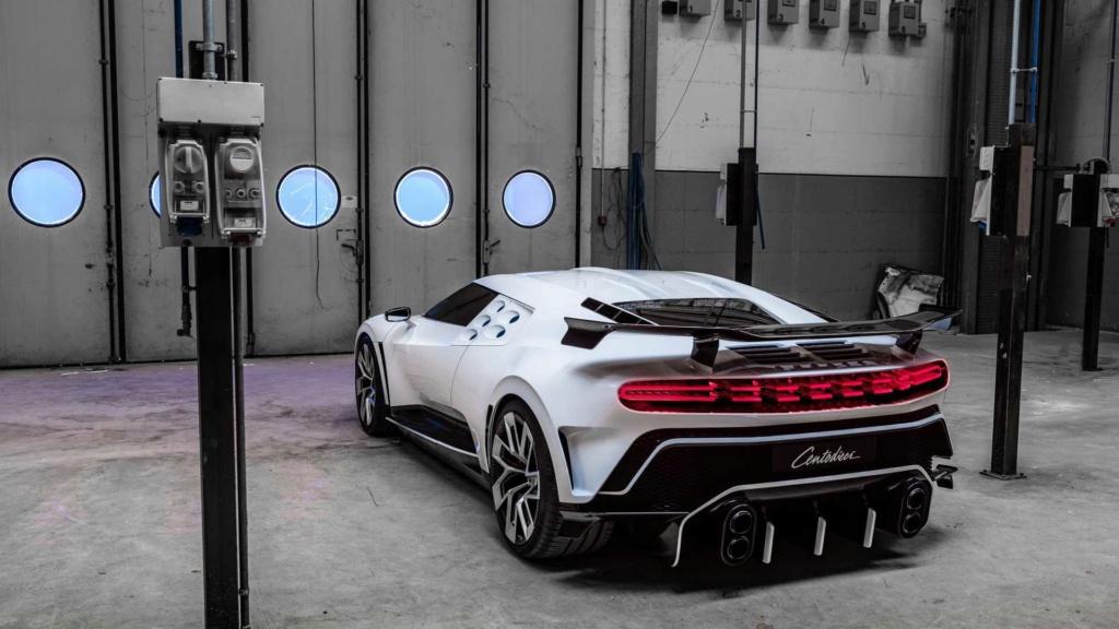 Bugatti Centodieci, o hiperesportivo de 1.600 cv e R$ 35,4 milhões! Bugatt30