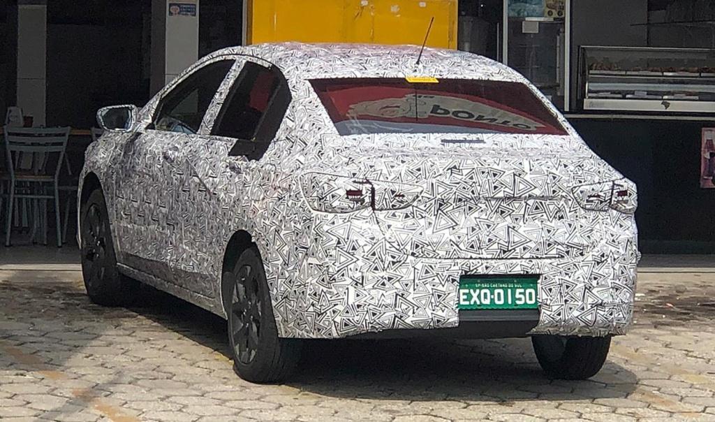 Chevrolet mostra teaser do novo Prisma Camufl10