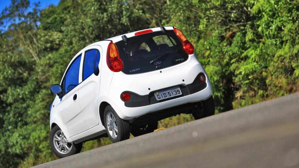 Chery QQ: fim da linha para o carro mais barato do Brasil Chery-16