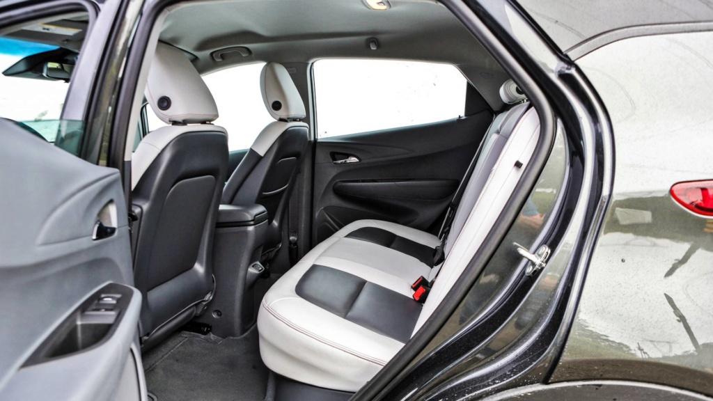 Chevrolet anuncia Bolt à venda no Brasil a partir de outubro Chevr100