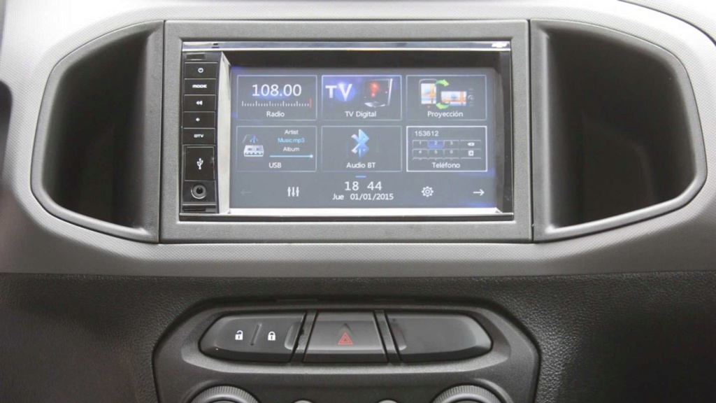 Chevrolet Onix Joy e Prisma Joy ganham versão Maxx na Argentina Chevr108
