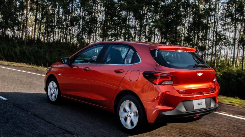 Chevrolet Onix Hatch 2020: Preços, versões e equipamentos Chevr146