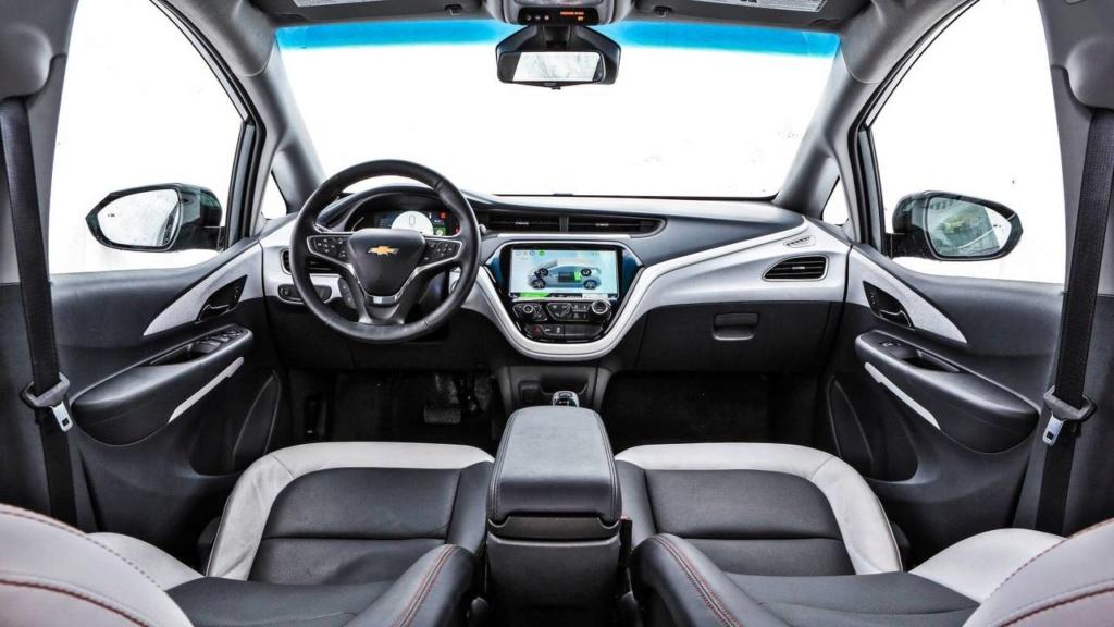 Chevrolet Bolt é oficialmente lançado no Brasil por R$ 175 mil Chevr155