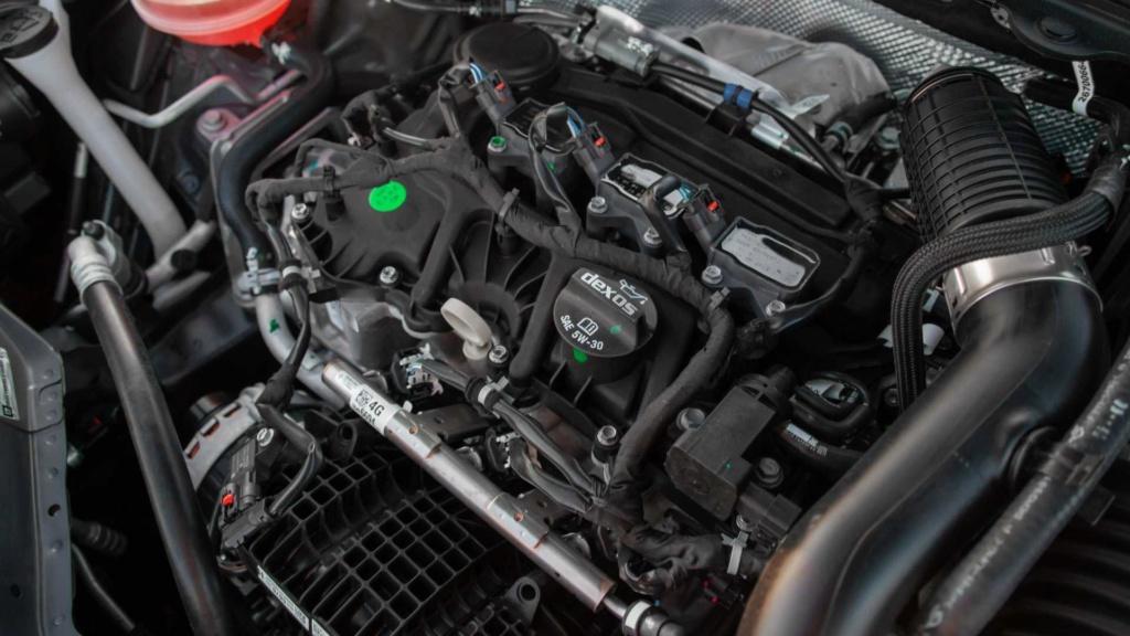 Vídeo - Levamos o Chevrolet Onix 2020 turbo para a pista! Chevr162