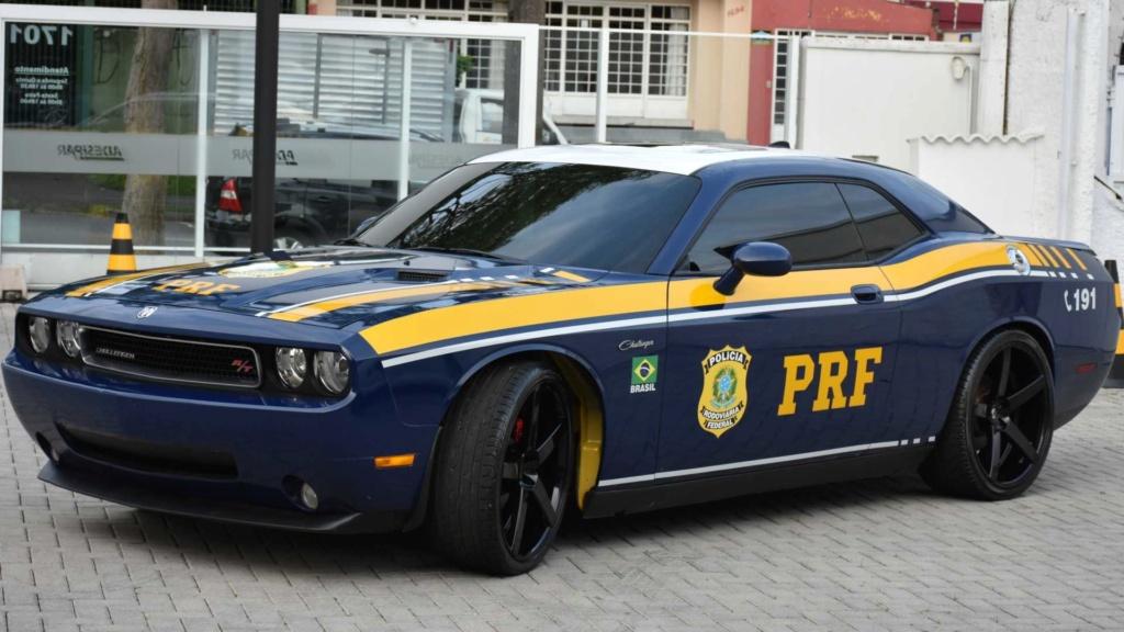 Dodge Challenger R/T apreendido vira viatura da Polícia Federal Dodge-10