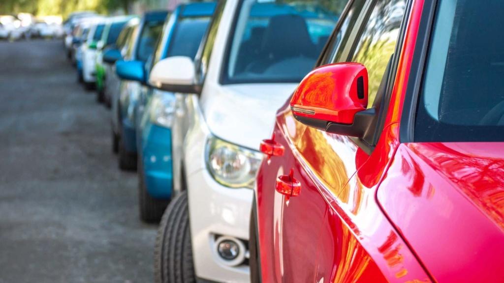 O que acontece com quem estaciona irregularmente em vagas de idosos? Estaci11
