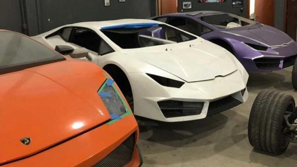 Fábrica clandestina de Ferrari e Lamborghini é fechada pela polícia Fabric12