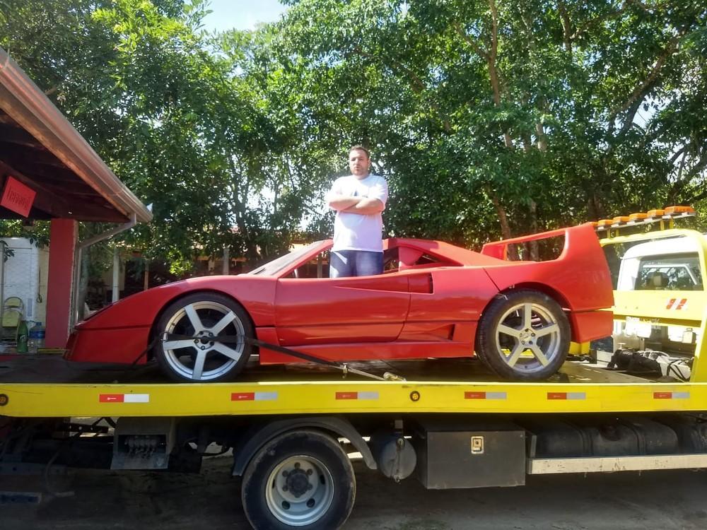 Polícia constata plágio de Ferrari em réplica apreendida em Cachoeira Paulista, SP Ferrar25
