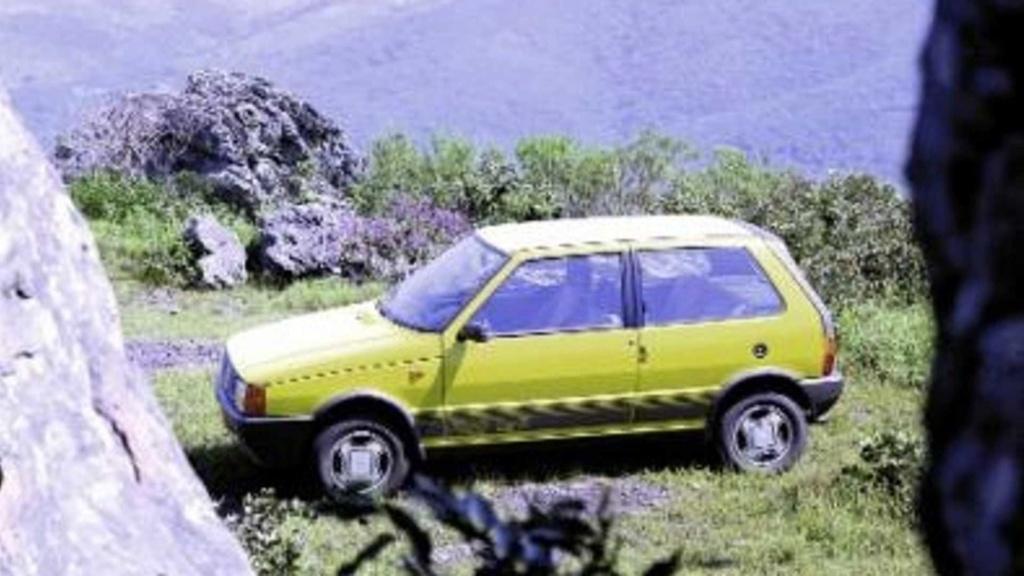 Fiat Uno completa 35 anos de Brasil com 4 milhões de unidades produzidas Fiat-u11