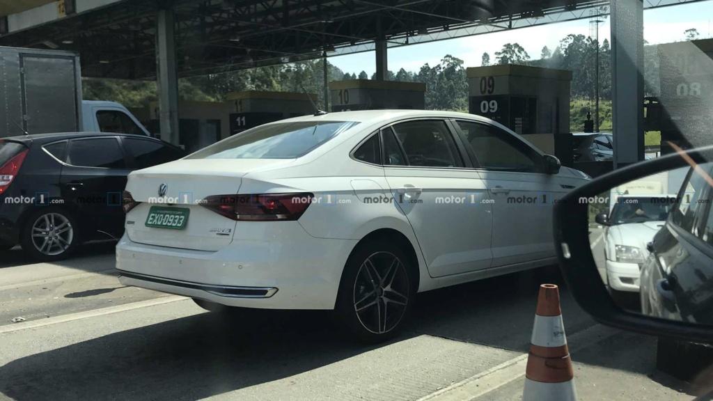 VW Polo e Virtus GTS aceleram juntos em teste de rodagem Flagra14