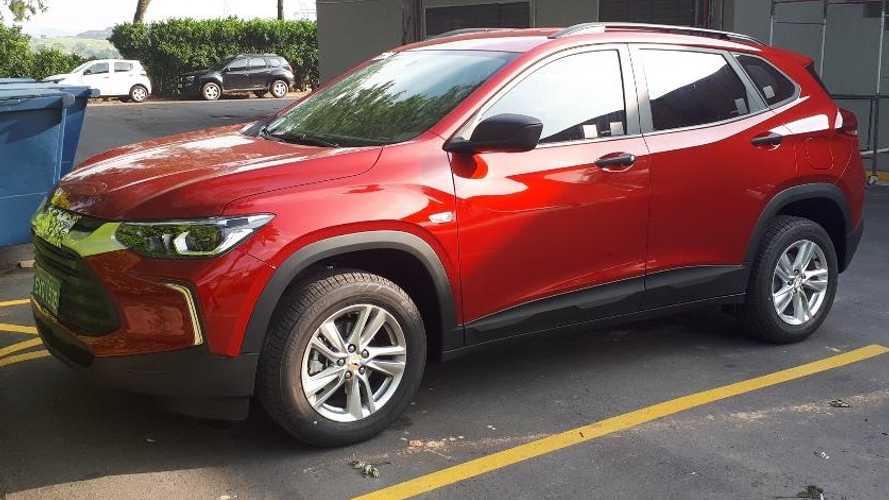 Novo Chevrolet Tracker nacional é flagrado praticamente sem disfarces Flagra27