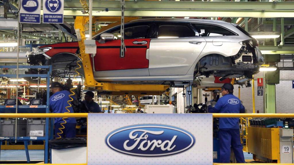 Ford demitirá 10% de seus funcionários até agosto Ford-110