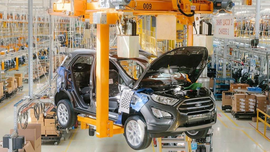 Ford deixará de produzir carros de passeio na Rússia Ford-e15
