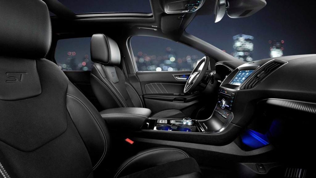 Ford Edge ST começa a mostrar a nova cara da marca Ford-e39