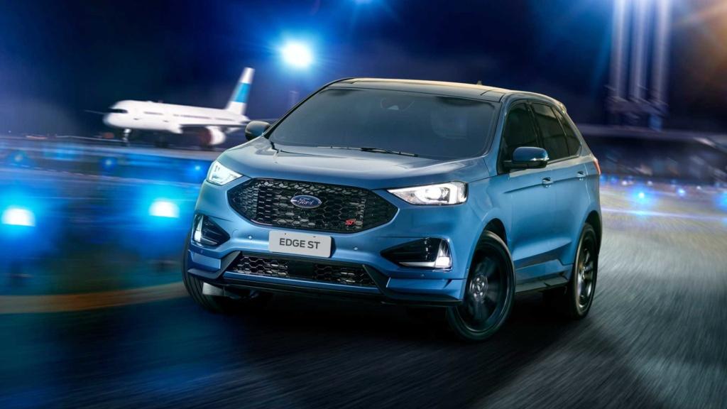 Ford Edge ST começa a mostrar a nova cara da marca Ford-e42