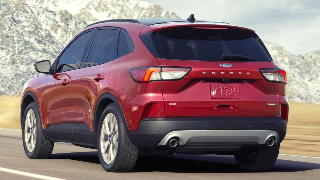 Esperado no Brasil, novo Ford Escape Hybrid faz 18,7 km/litro Ford-e50