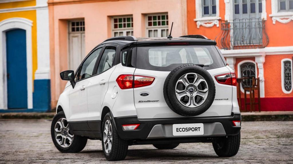 Ford EcoSport volta a ficar mais caro com reajustes de até R$ 3.850 Ford-e53