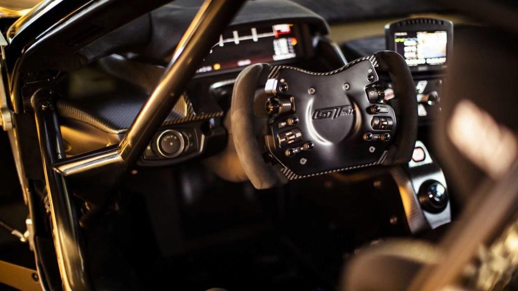 Ford GT Mk II é versão limitada a 45 unidades com motor de 700 cv Ford-g18