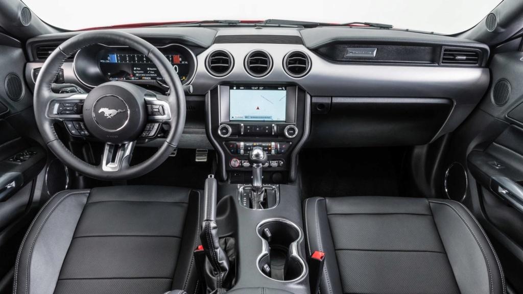 Mustang é o esportivo mais vendido do mundo pela quarta vez Ford-m16