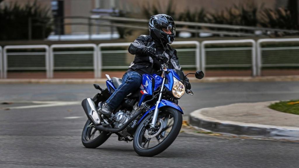 Proibir moto na Marginal Pinheiros é como culpar arma pela violência Honda-75