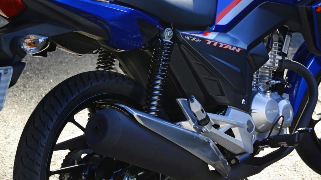 Proibir moto na Marginal Pinheiros é como culpar arma pela violência Honda-76